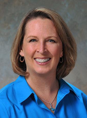Dr. Carolyn Claussen