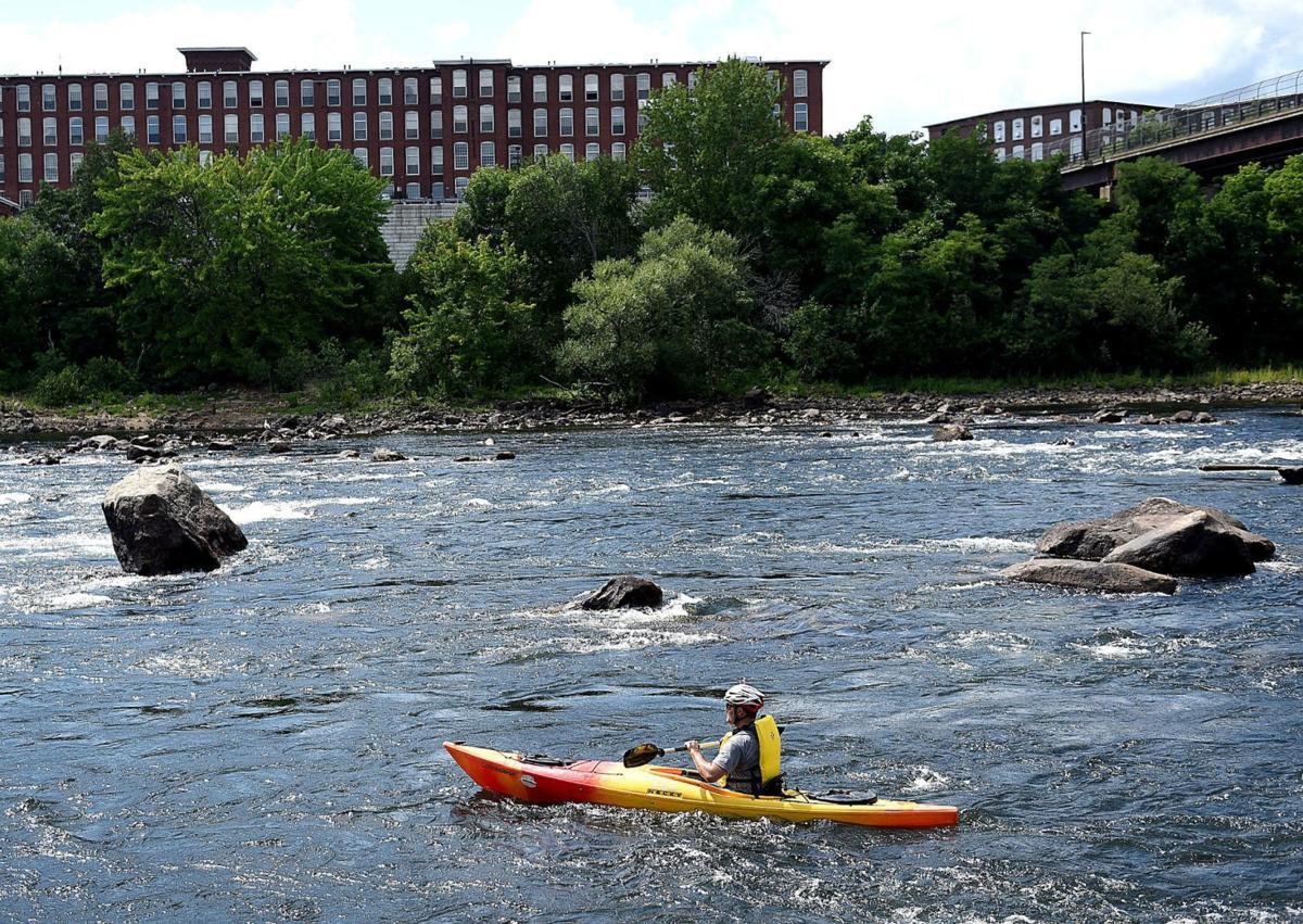 Merrimack River paddling