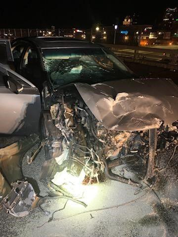 Head-on crash closes 293 early Sunday morning