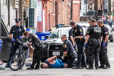 Arrest of Delisle for public drinking