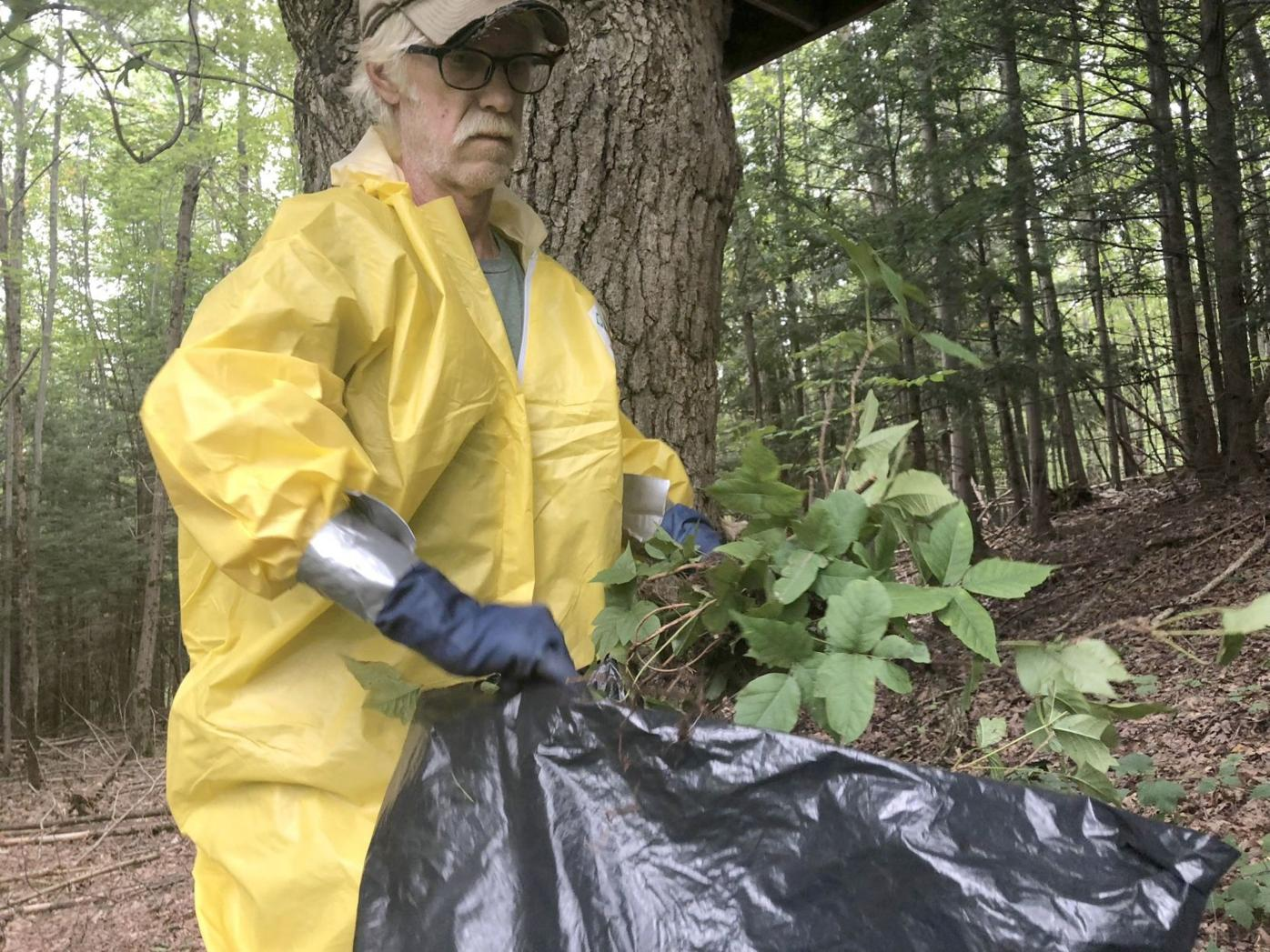 Leo Conley bags poison ivy