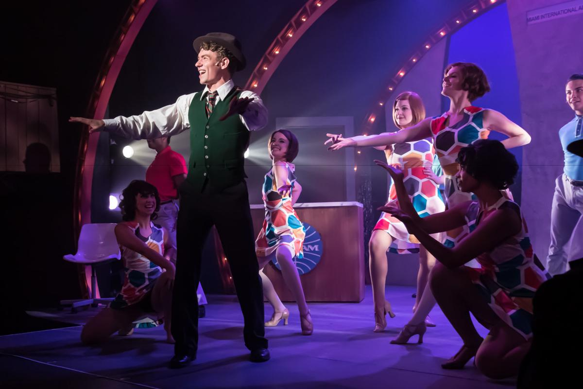 New London Barn Playhouse in 'Catch Me if You Can'