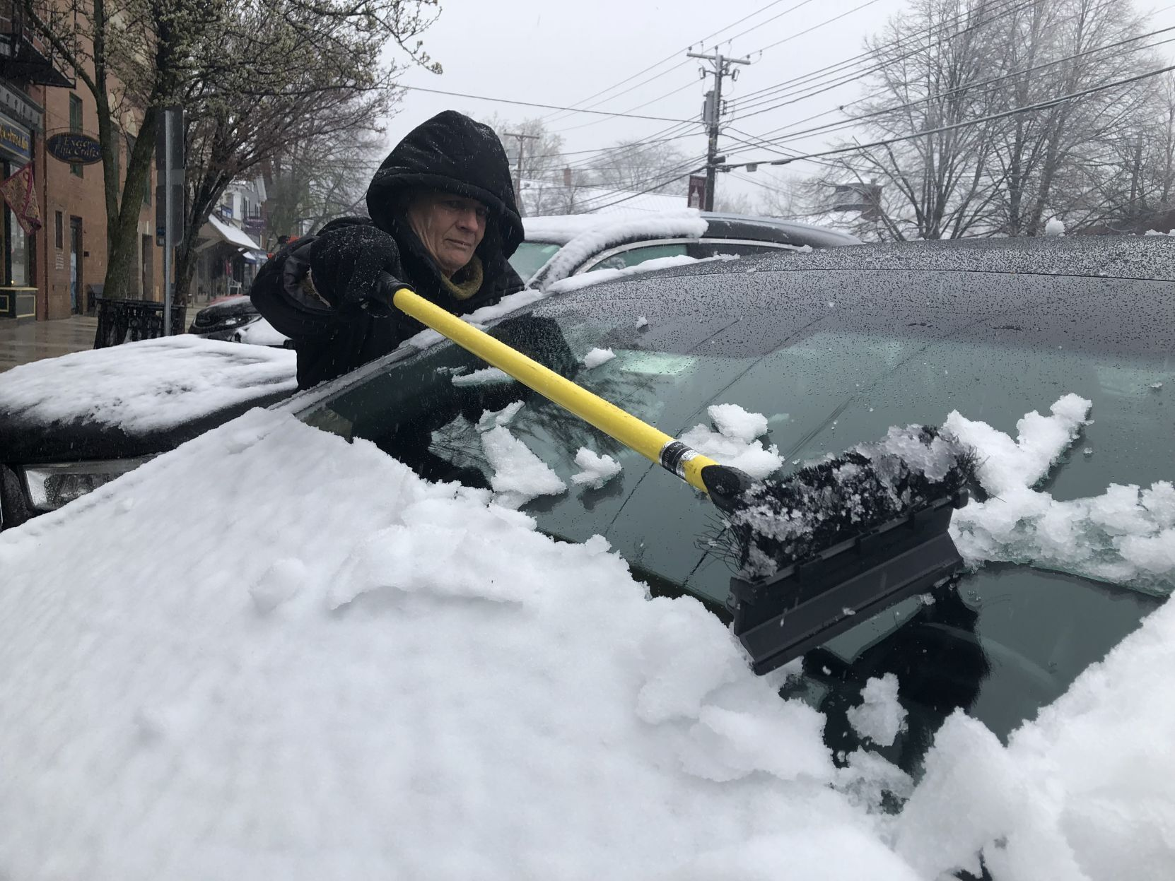 April storm brings snow to New Hampshire