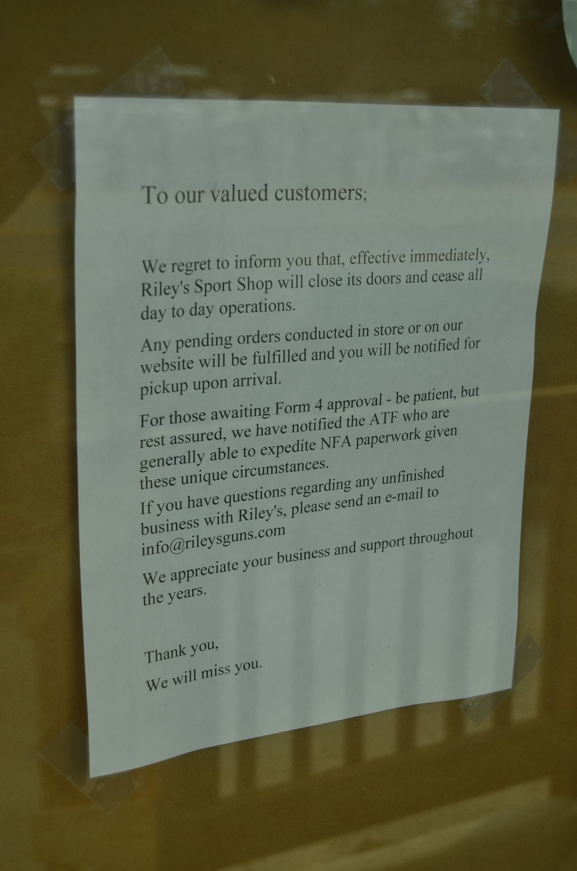 Riley's Sports Shop posts goodbye to customers