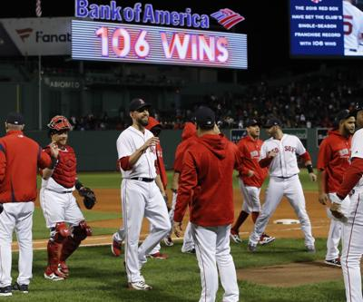 Red Sox top O's, clinch best record in AL