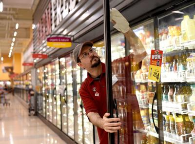 Hannaford offers parental leave as employees request flexibility