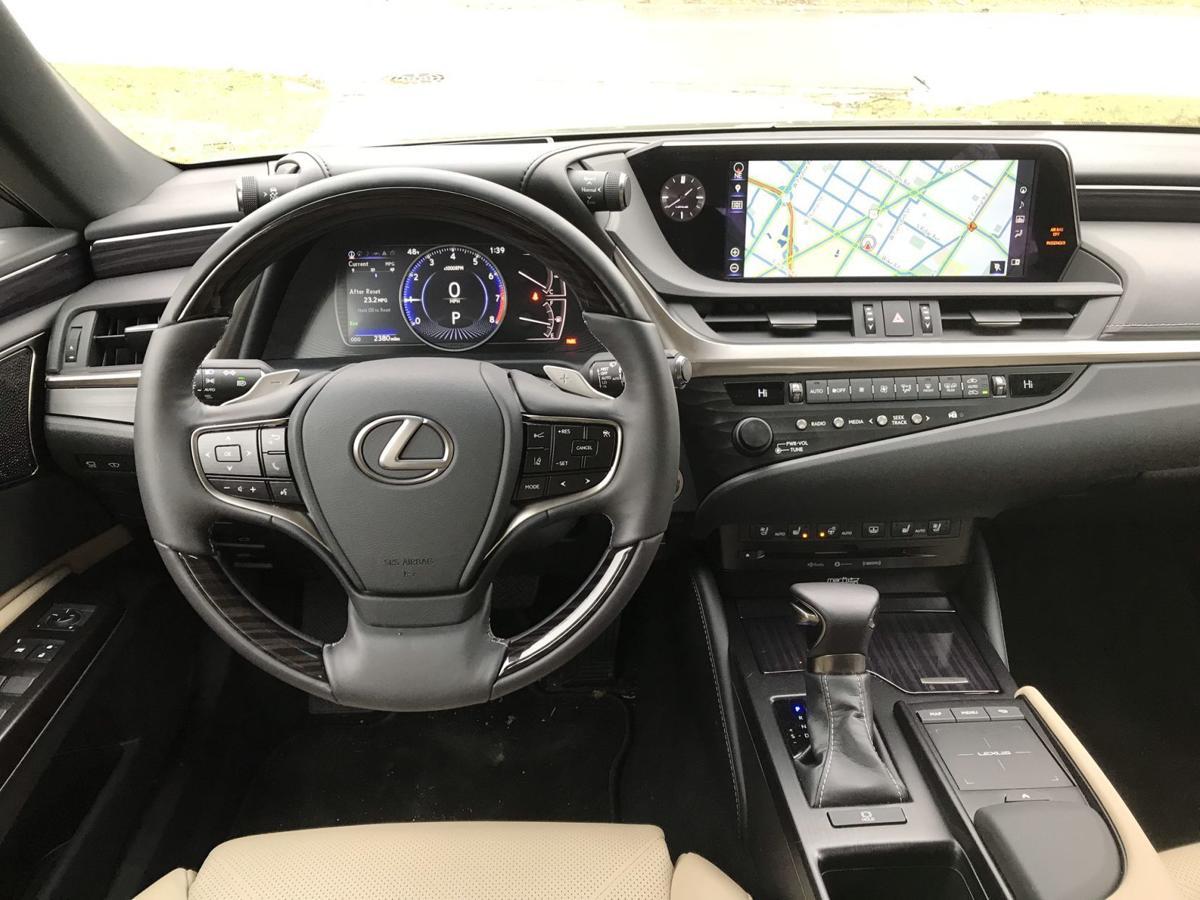 2019 Lexus 350-pic2