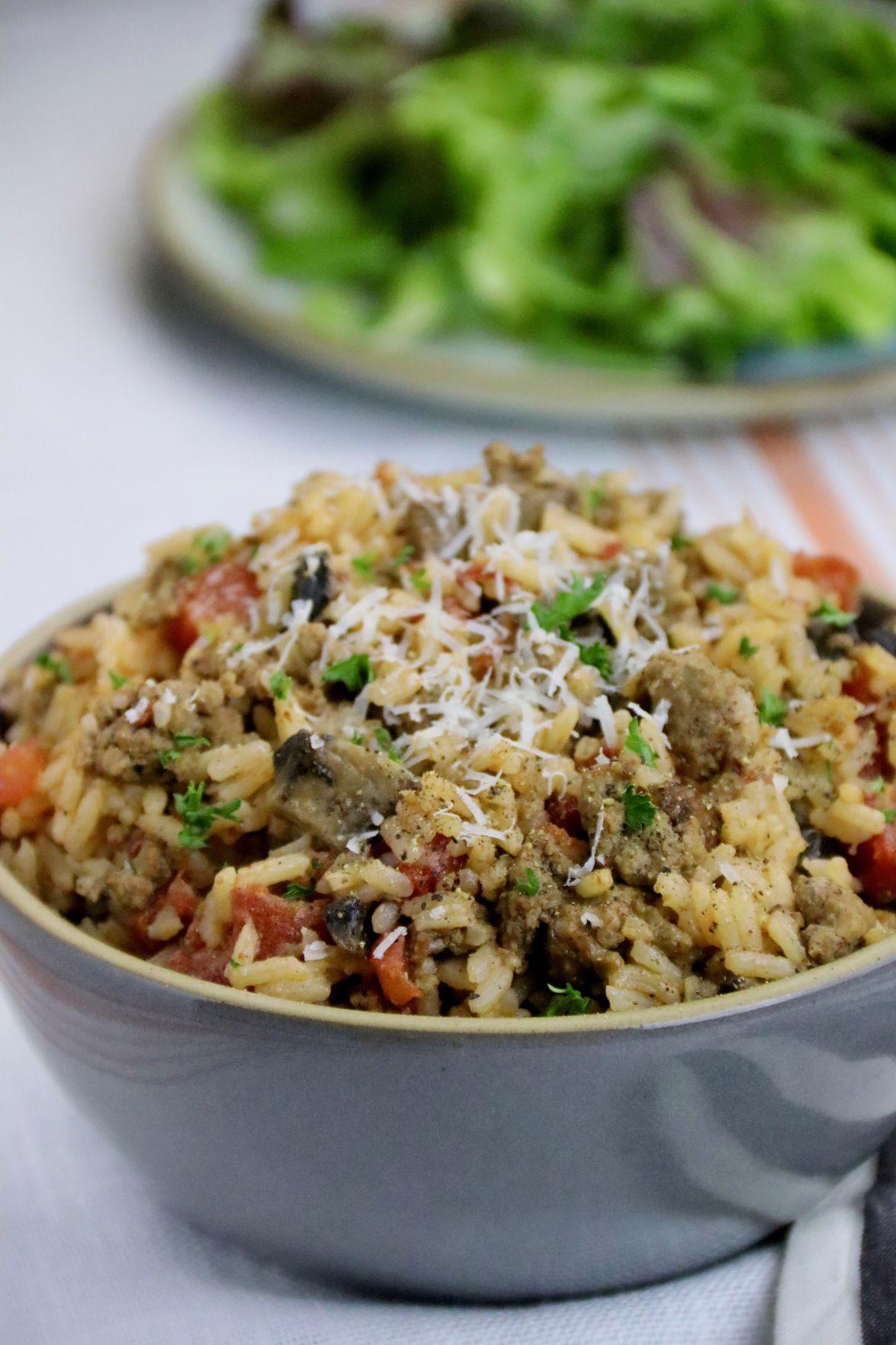 Easy Ground Beef, Mushroom and Rice Dinner