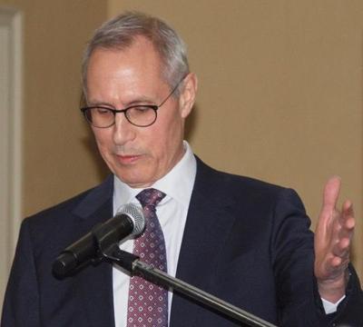 Nashua Mayor Jim Donchess