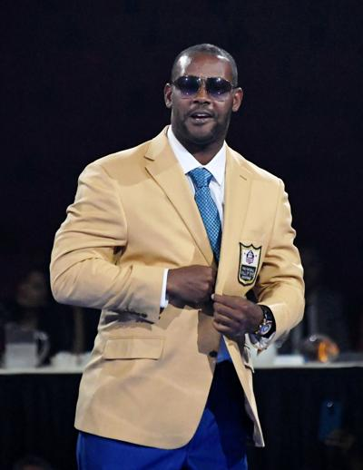 NFL: Pro Football Hall of Fame-Enshrinnees Gold Jacket Dinner