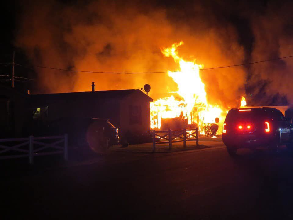 Fire destroys two homes at mobile home park in Swanzey