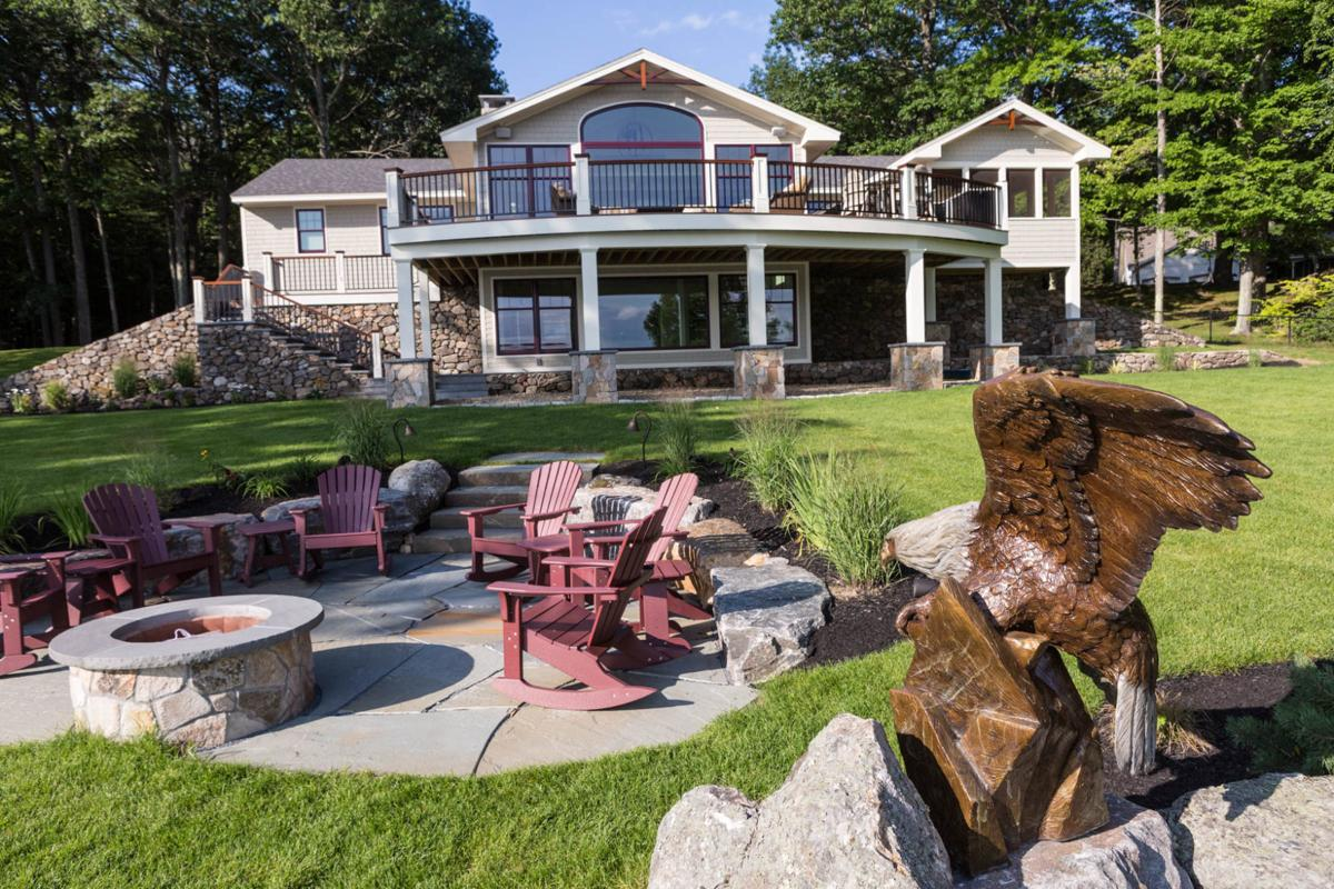 Lighthouse Contracting Group & Laura Milligan Design home