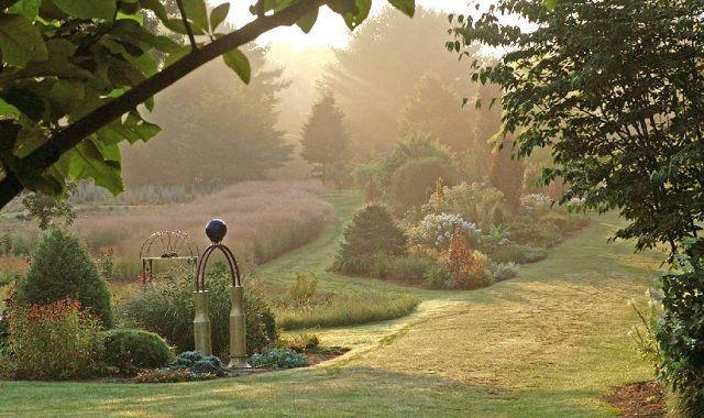Sculpture and lush gardens form a unique sanctuary for Lee couple