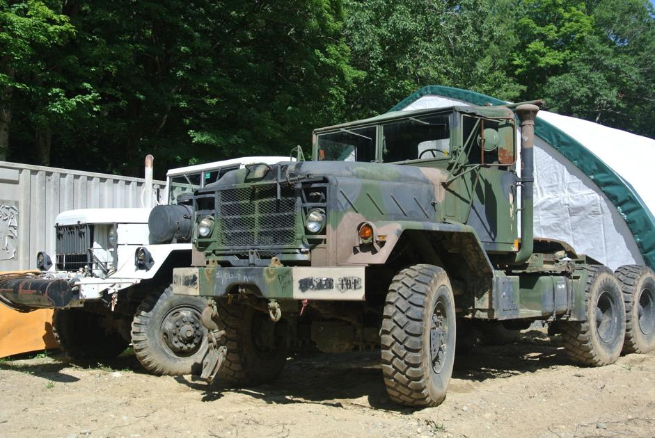 Richmond man settles lawsuit with town over antique trucks