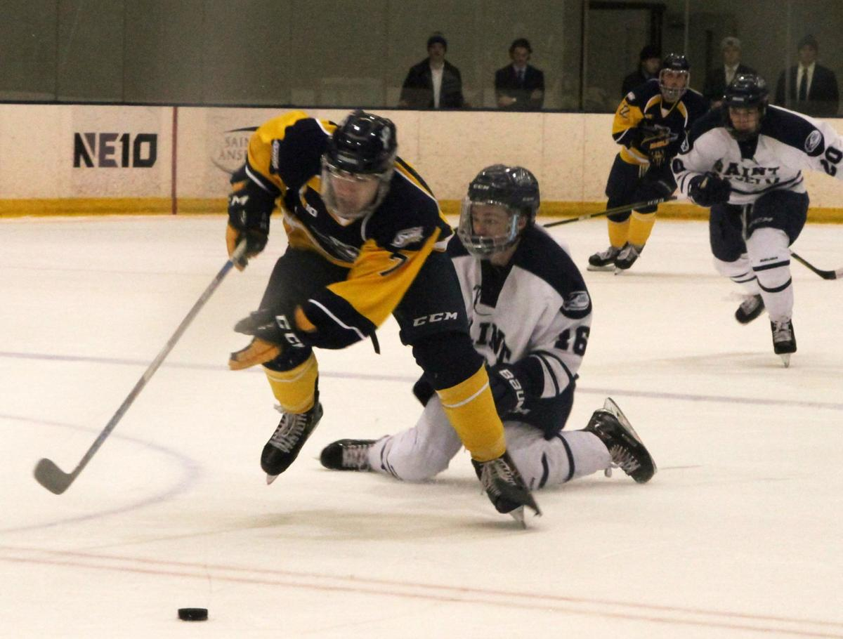 college hockey unh settles for tie at umass lowell college sports