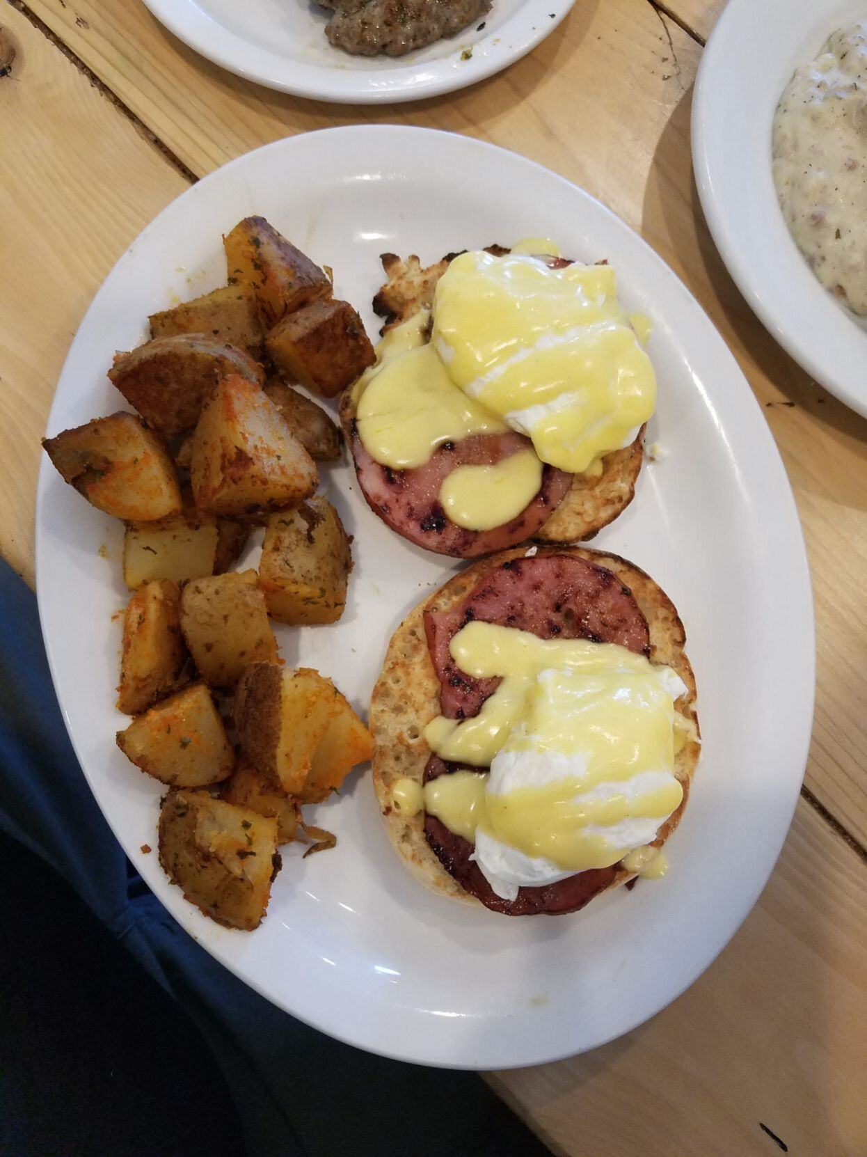 Eggs Benedict at Ginger and Clove Cafe