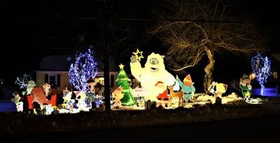 Portsmouth holiday lights