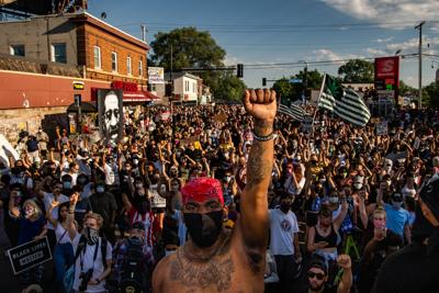 Thousands of people protest the death of George Floyd