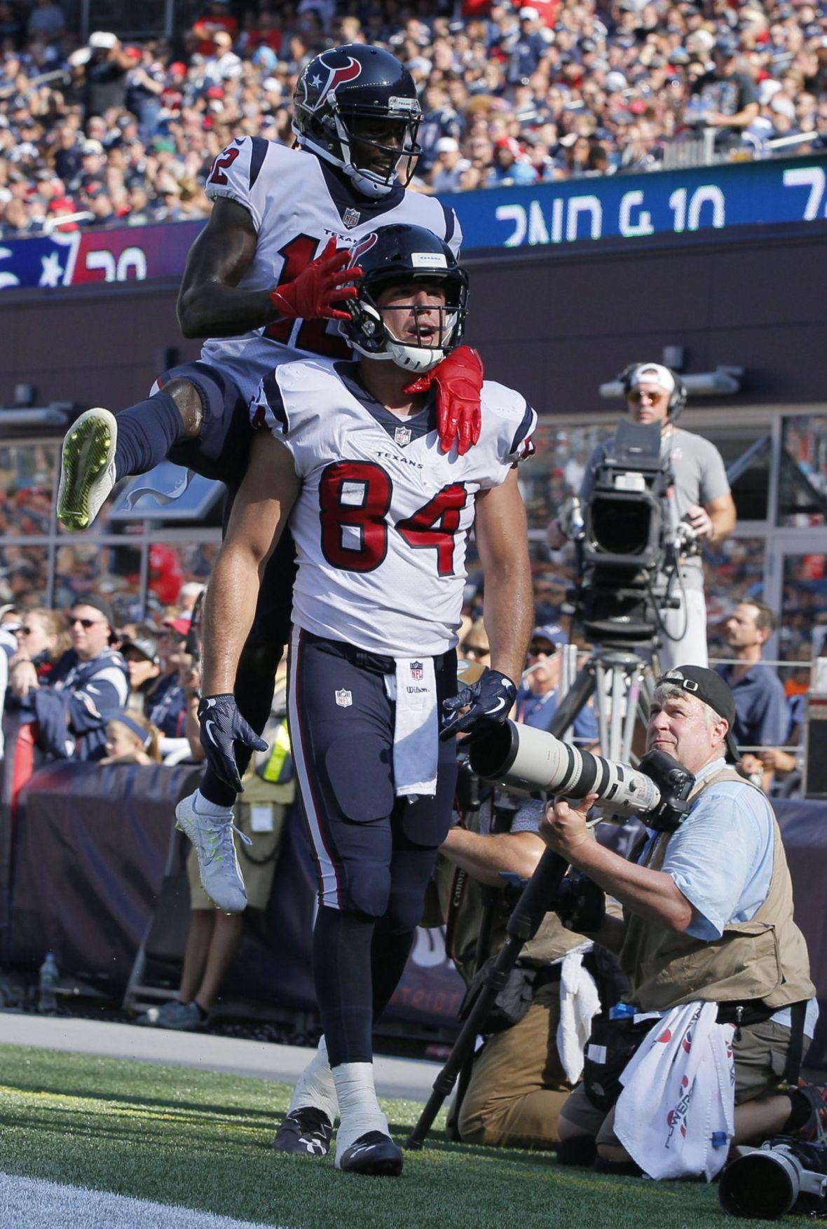 Jevoni Robinson NFL Jersey