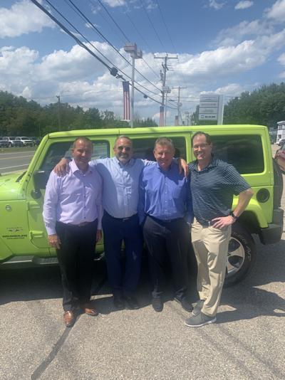 Somersworth car dealership changes hands
