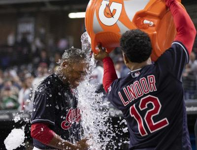 Allen's 11th-inning hit lifts Indians over Red Sox