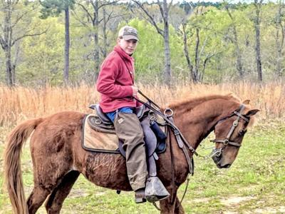 Fourteen-year-old, Brayden Renfroe of Bullock County, Alabama laid claim to the 2019-2020 Alabama Youth Handler of the Year award in dramatic fashion.