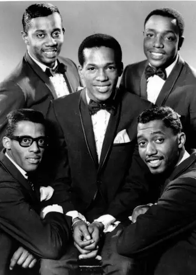The Temptations with Eddie Kendrick in the center