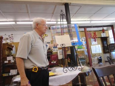 Philip Duvic, a member of the Bullock County Art Guild, led a workshop for the eight artists present at its monthly meeting on May 6, 2021, at the Josephine Art Center. (Photo by Faye Gaston)