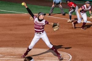 Softball bounces back with victory over Baylor