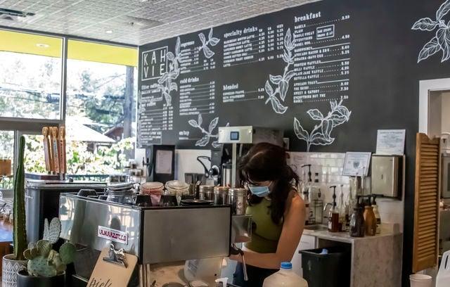 Khavie cafe