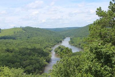 Flint River at Sprewell Bluff