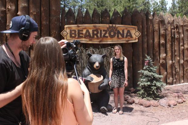 Students visit Bearizona