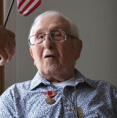 MAIN LIN WWII Veteran honored pic 1