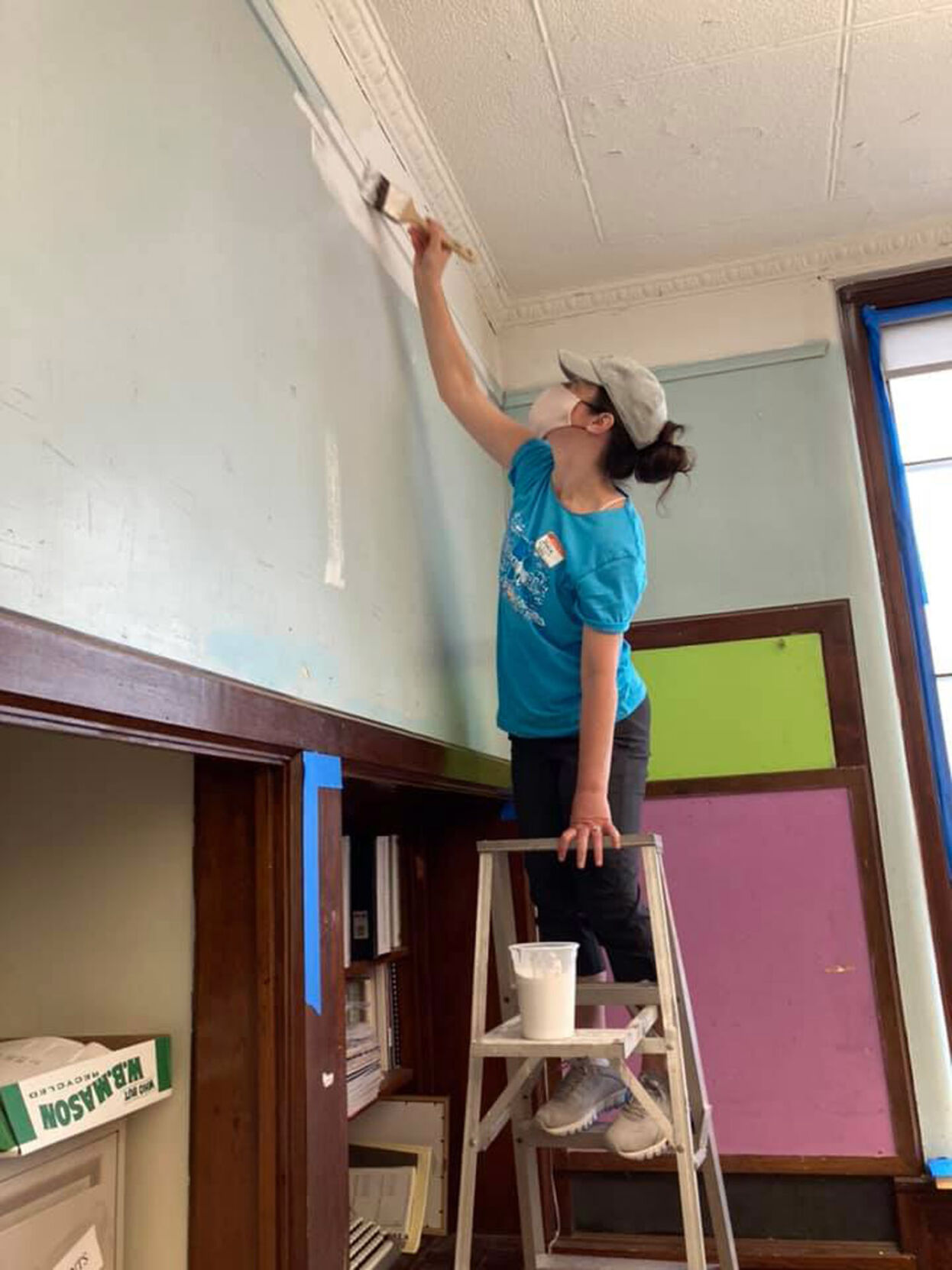 BCBSRI volunteers help out at Riverzedge Arts