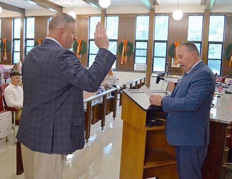 MAIN LIN Gould sworn in pic 1 of 4