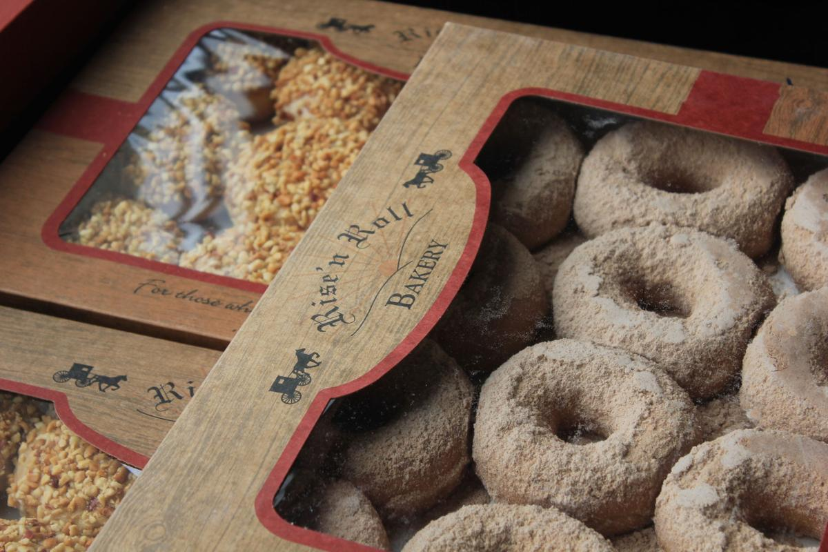Rise'n Roll opens, brings joy and Amish treats
