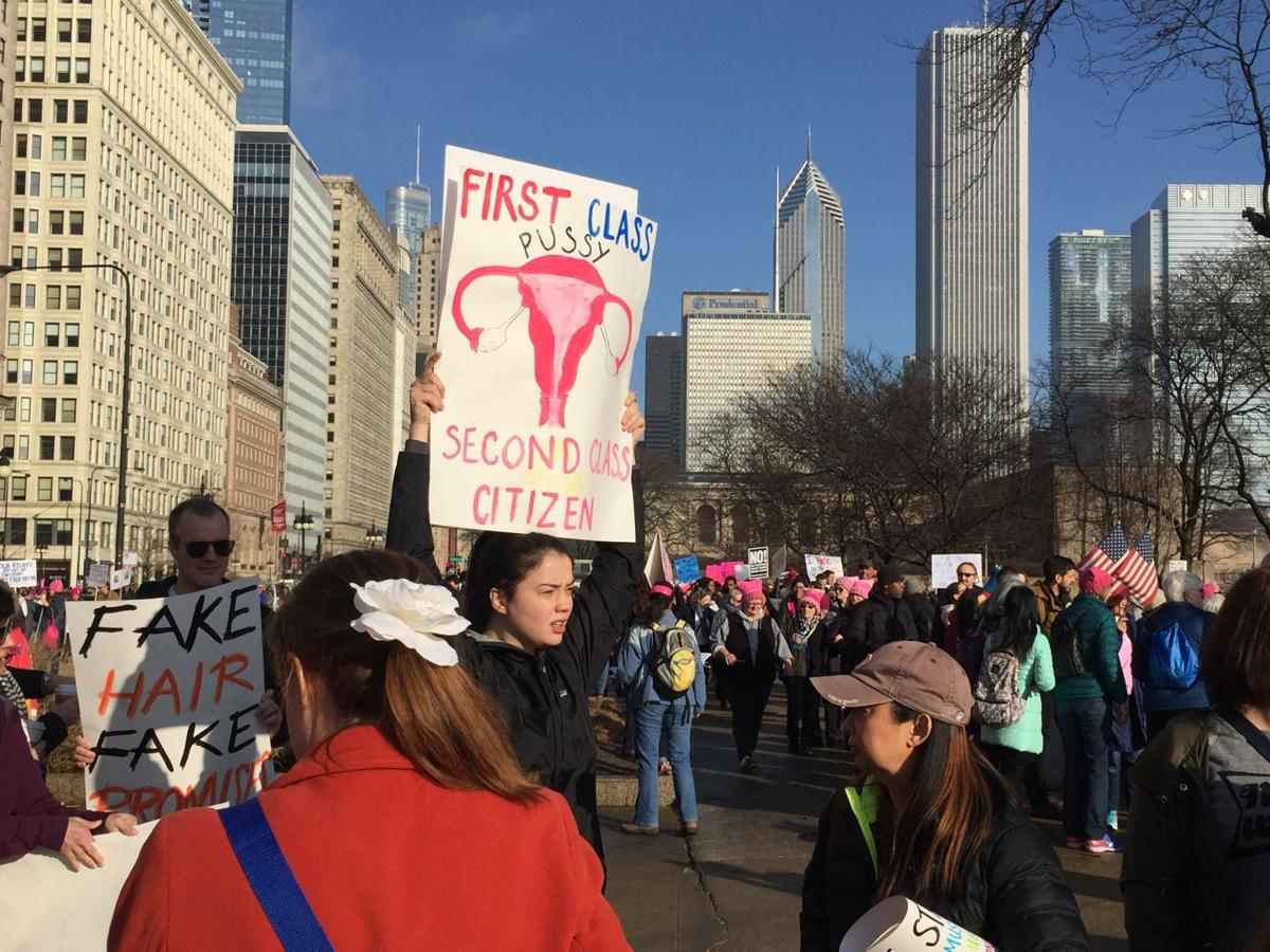Valpo students join Women's March on Chicago