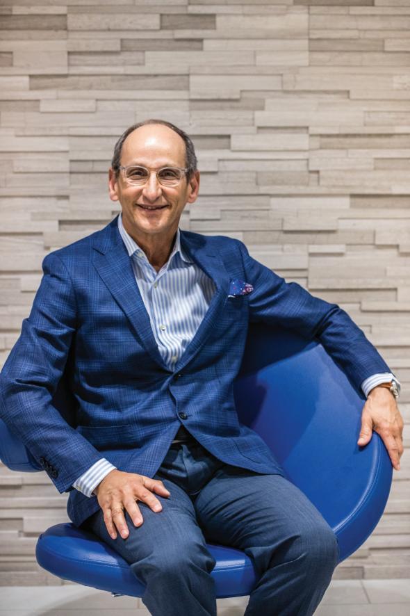 Dr. Daniel Kuy