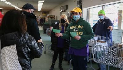 Verona Lions Clubs holds food drive for BPNN