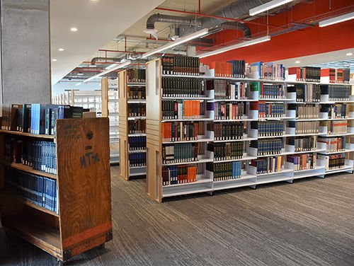 UHV Library moves into University Commons