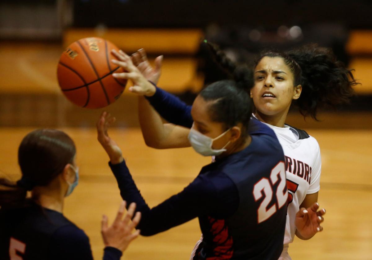 Victoria West vs. Corpus Christi Veterans Memorial Girls Basketball