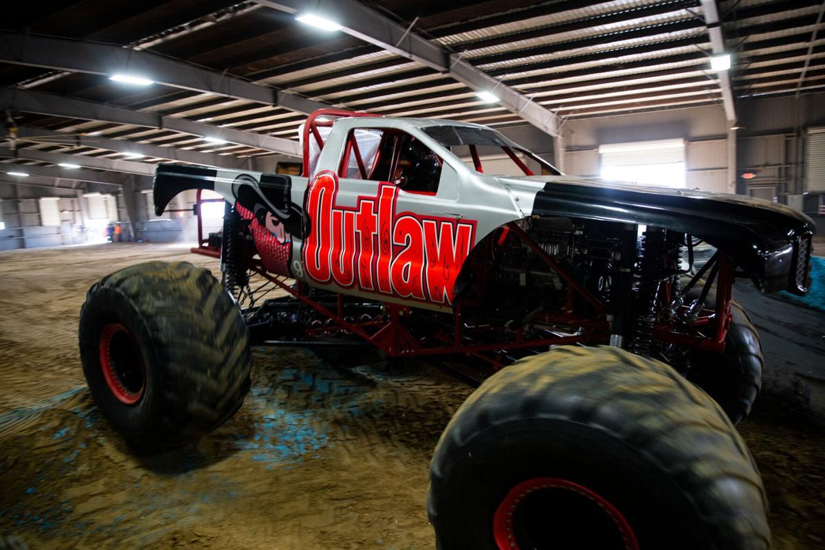 Monster Truck Wars