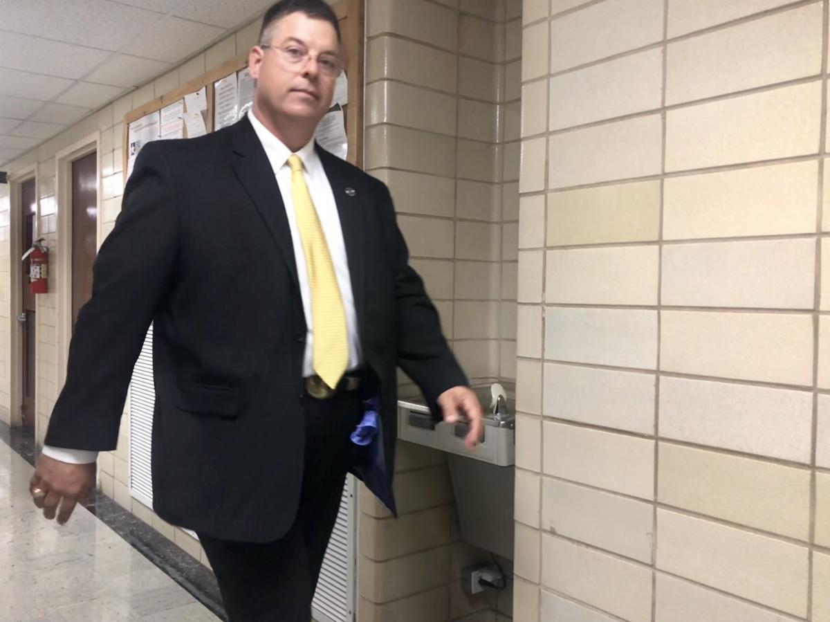 Texas ranger heads to court in Edna murder trial