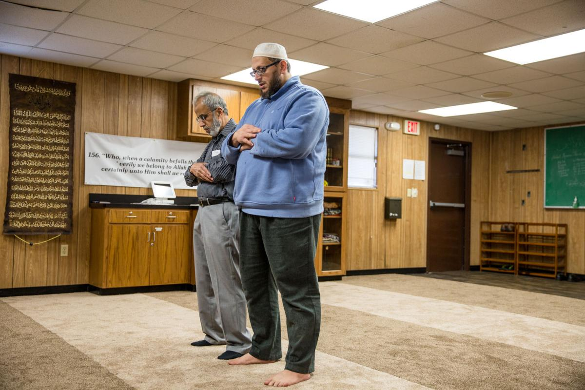 Victoria Muslims prepare for Ramadan as Islamic Center nears ...