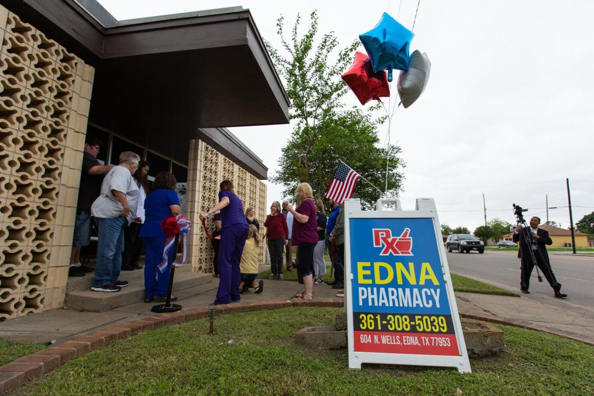 Edna Pharmacy celebrates grand opening