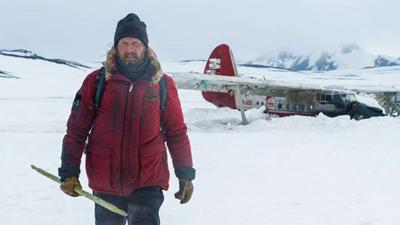 Mads Mikkelsen stars in 'Arctic'