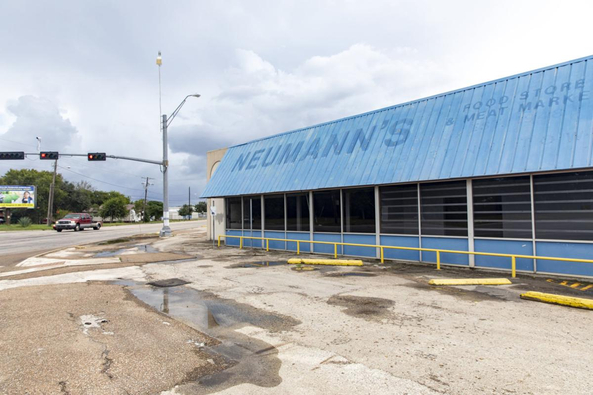 Neuman's Food Store and Meat Market