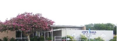 Yoakum city hall