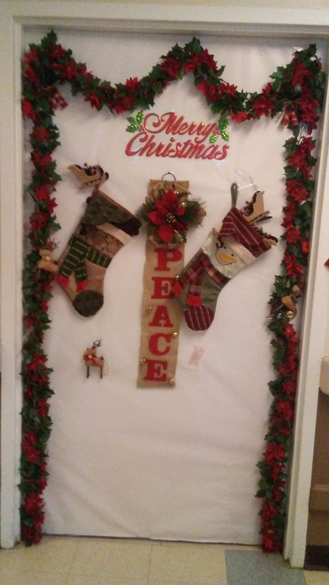 door decoration contest winners announced