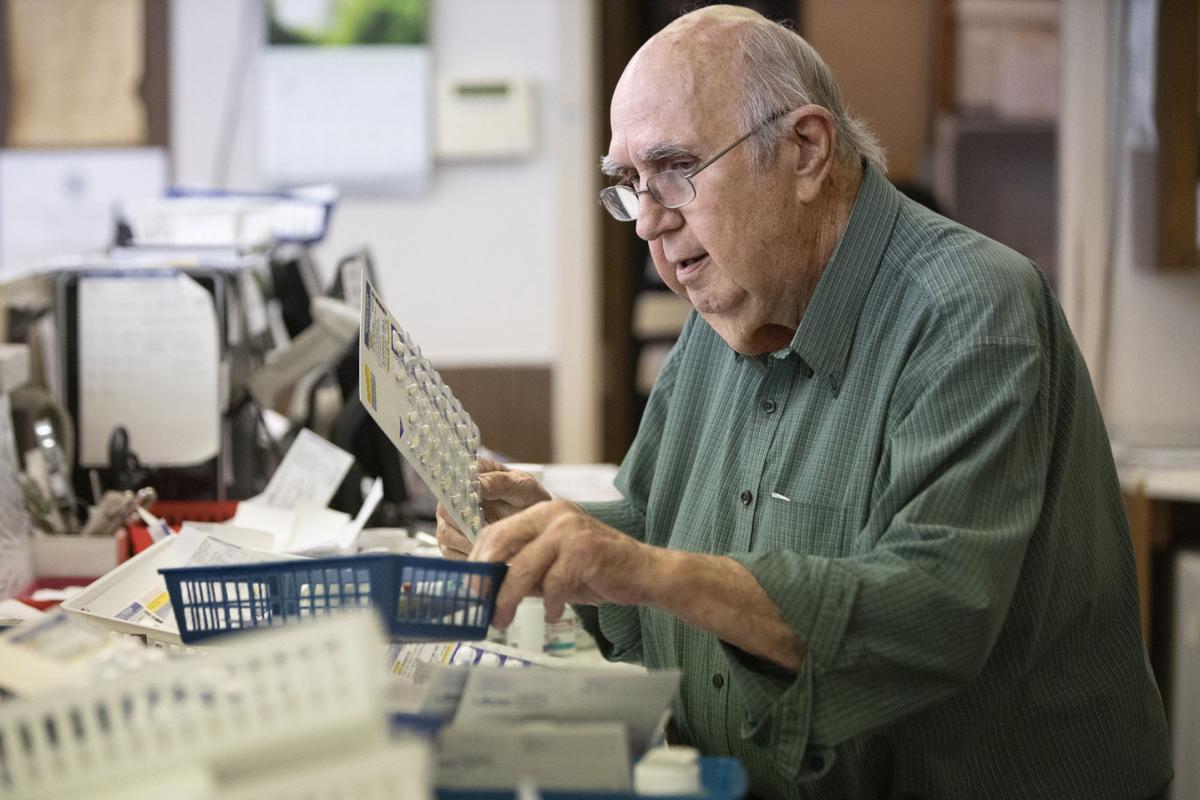 Longtime Victoria pharmacists talks